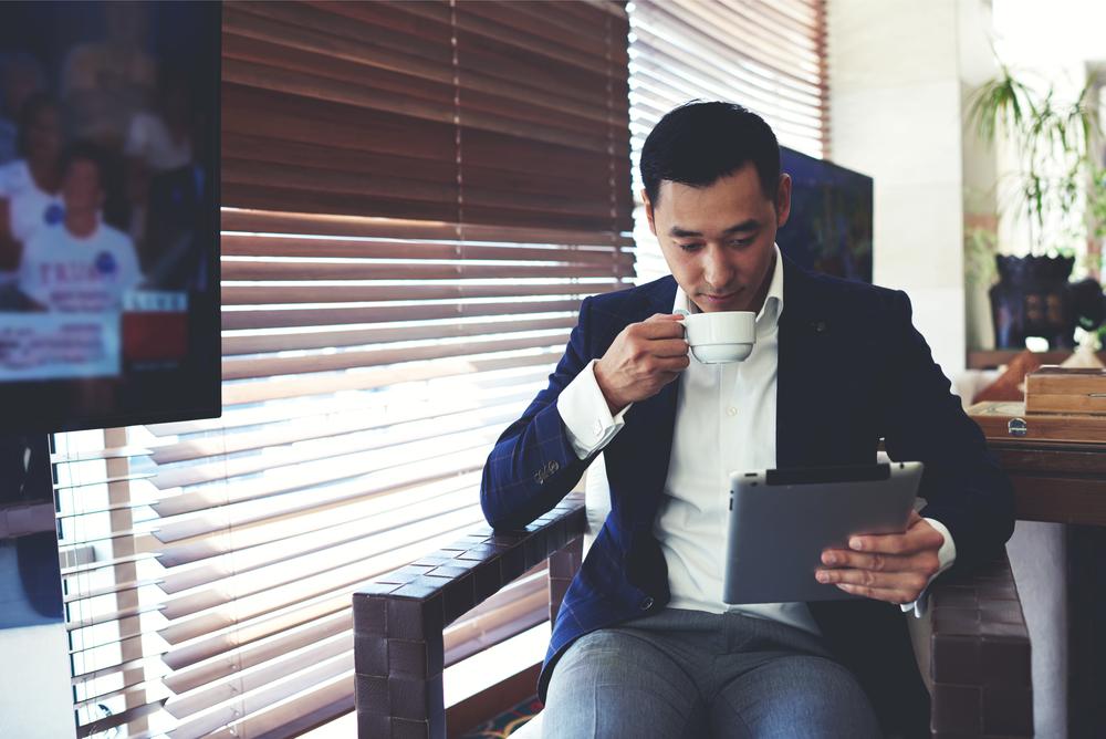 Đối tượng khách hàng là doanh nhân, đại gia thích hợp với sim giá từ 100 đến 200 triệu